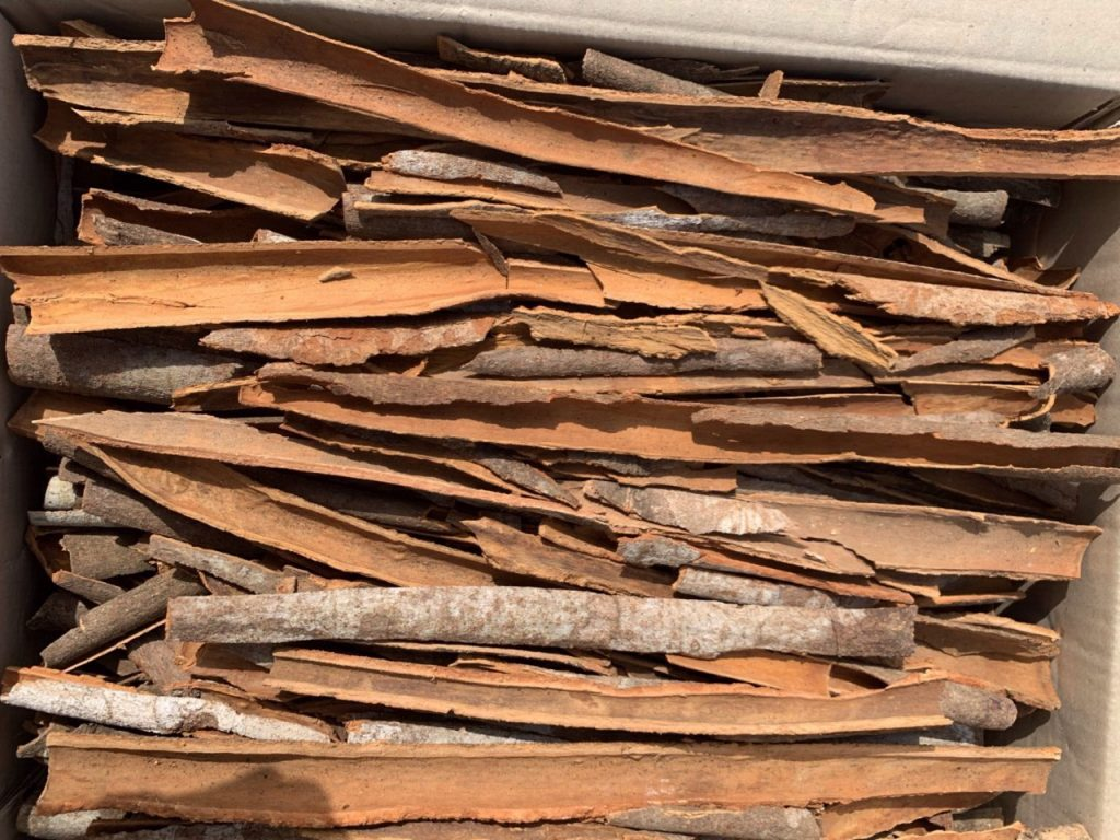 Vietnam Stick Cinnamon with skin, Split Cinnamon for Indian, Bangladesh markets