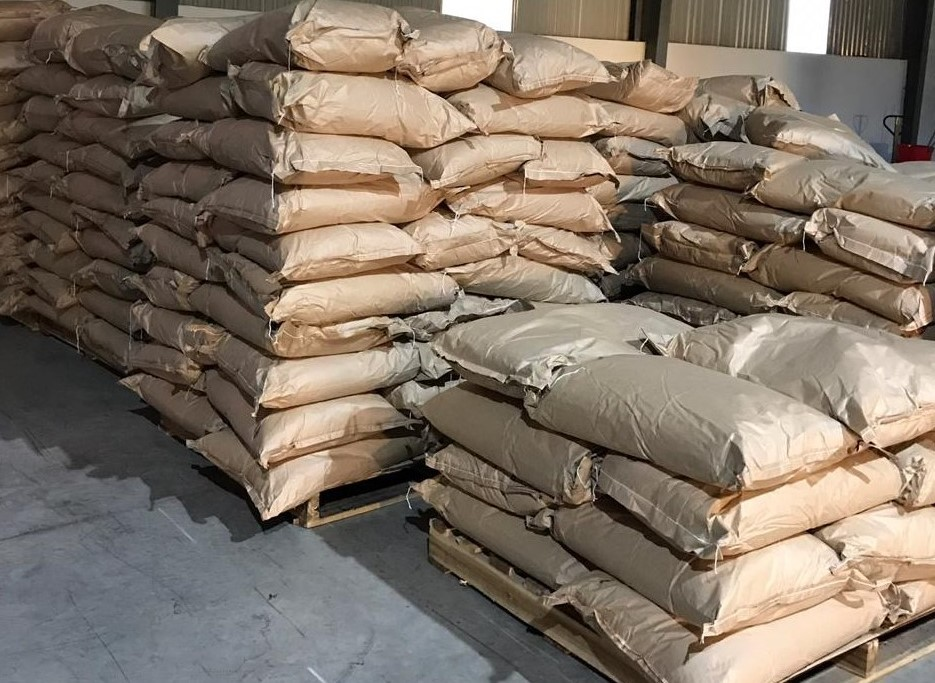 Packing of Vietnam Cinnamon Stick, Cinnamon Powder in paper bag 25kgs